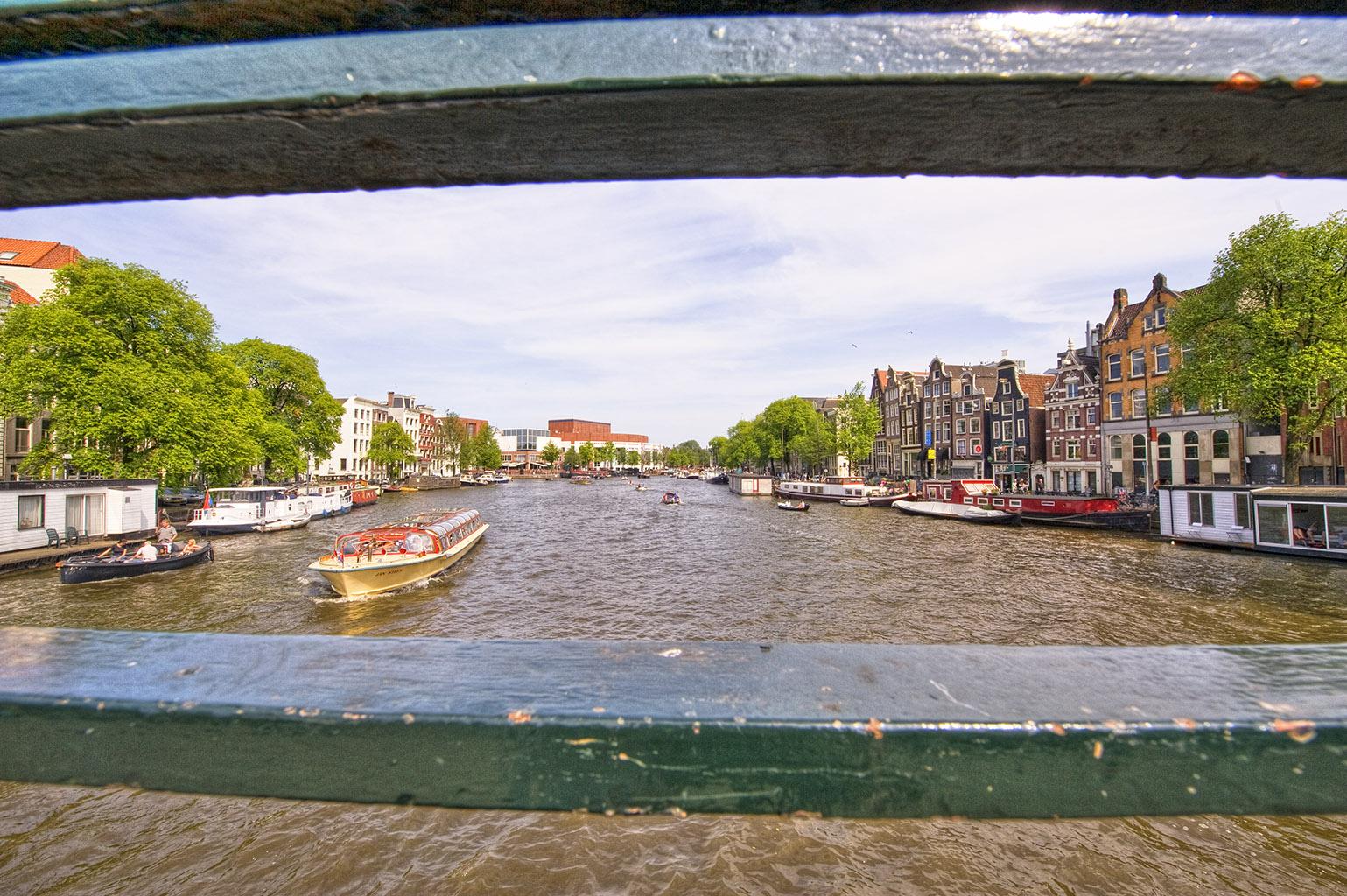 Amsterdam HDR2 22 Oudeschans
