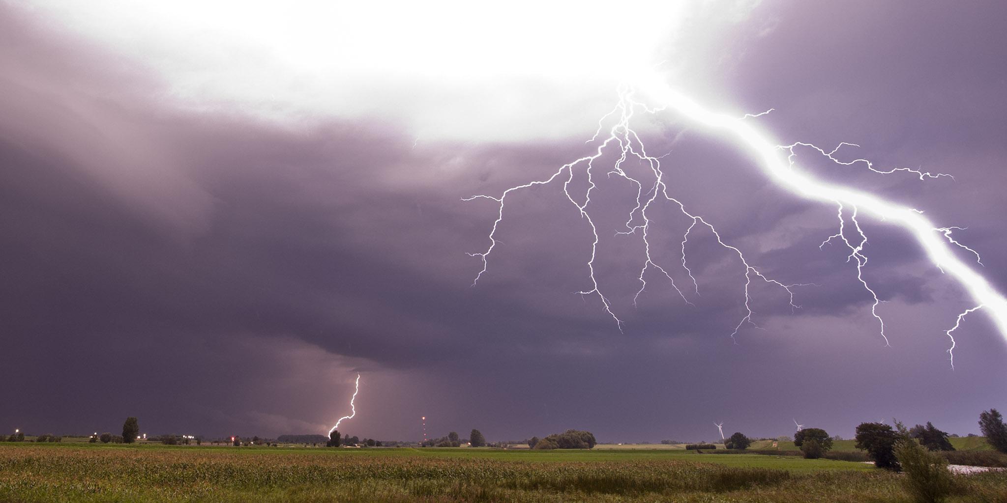 StormChase IV Lekdijk at Uitweg II 11