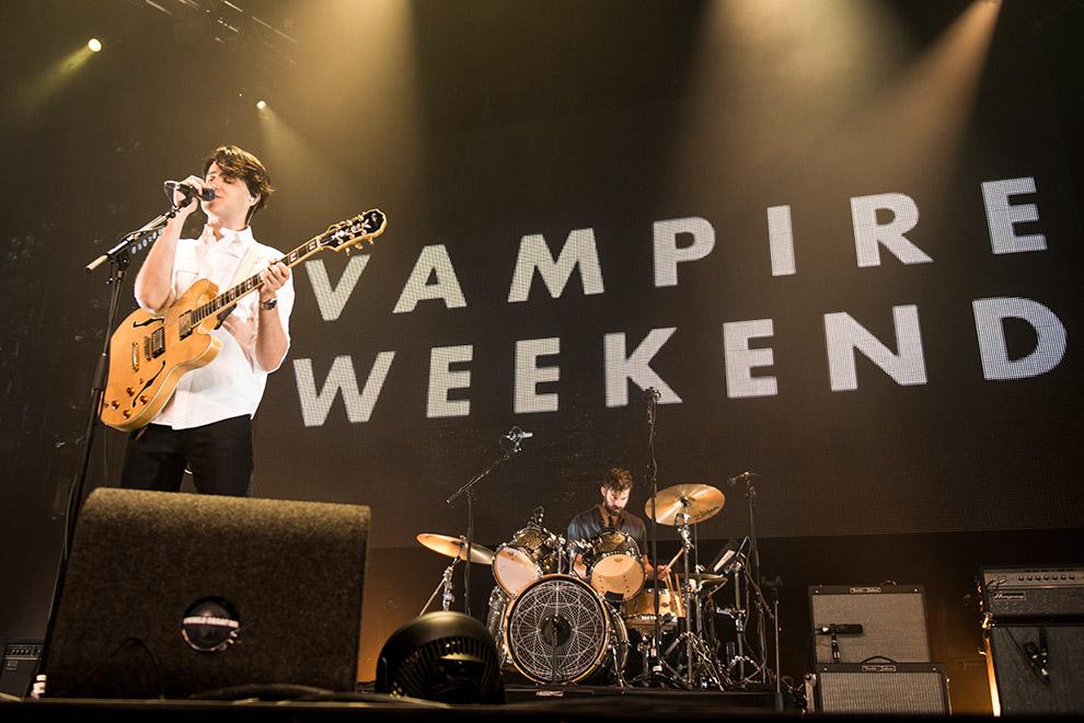 Vampire-Weekend-3