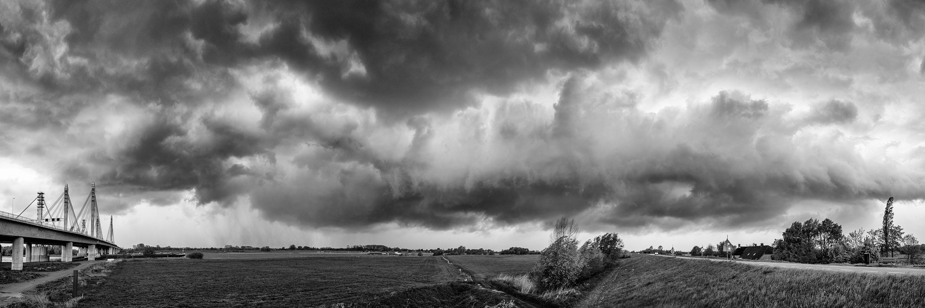 Storm 5-5-2015 black 12