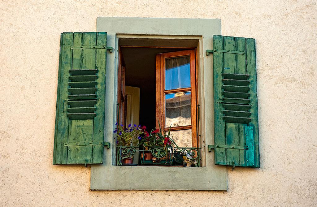 035-Switzerland-5-258-Lutry-Lake-Geneva