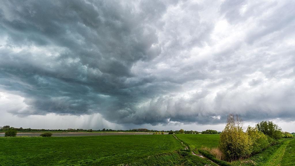 053-Storm-5-5-2015-09