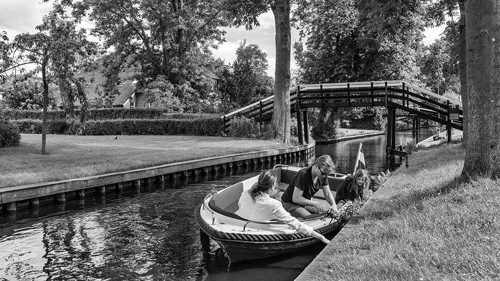 Giethoorn-juni15-black1-04