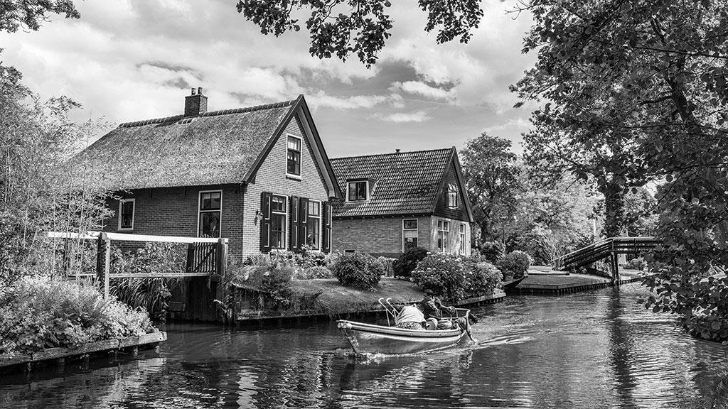 Giethoorn-juni15-black1-07
