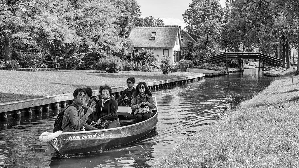 Giethoorn-juni15-black1-09