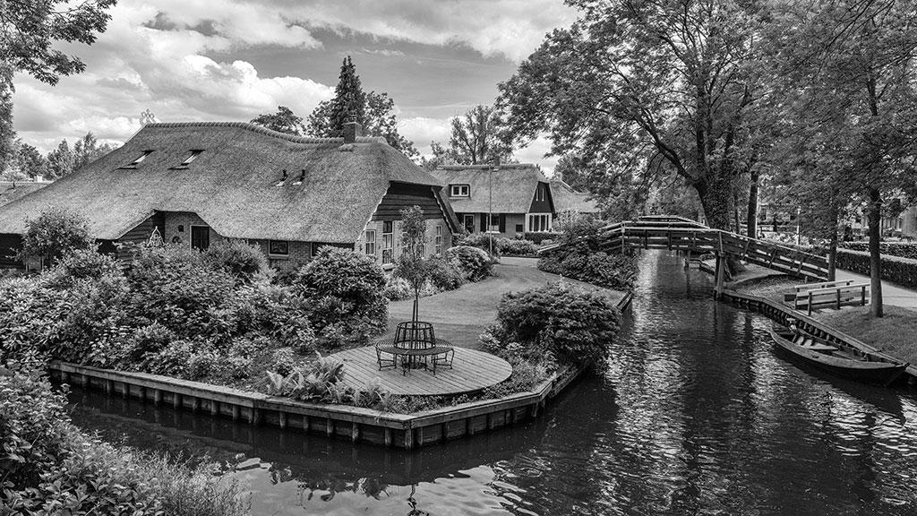 Giethoorn-juni15-black1-12