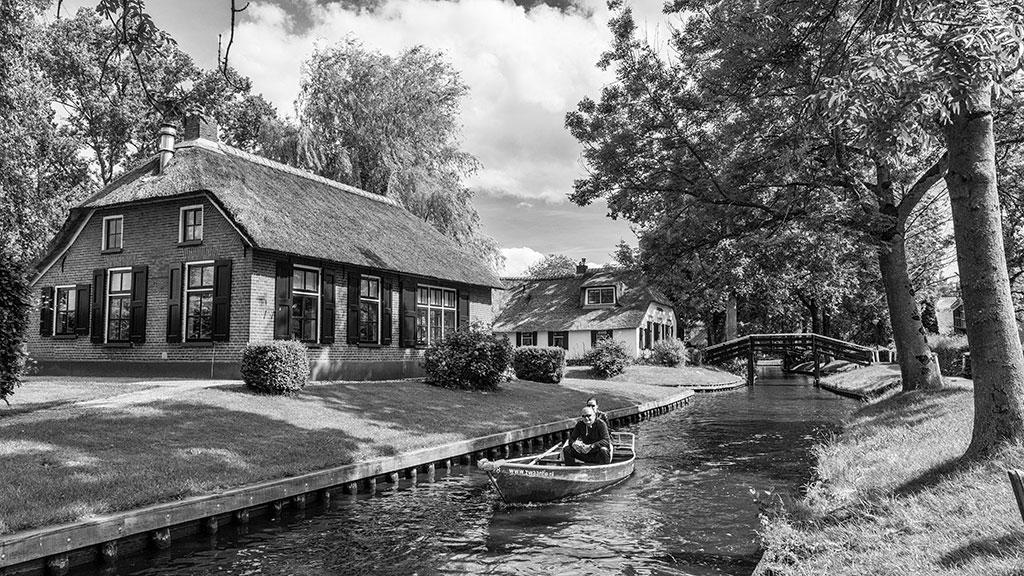 Giethoorn-juni15-black1-15