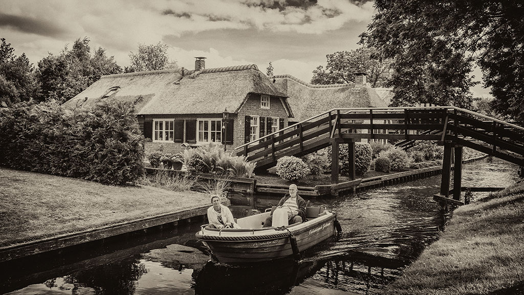 Giethoorn-juni15-black2-02
