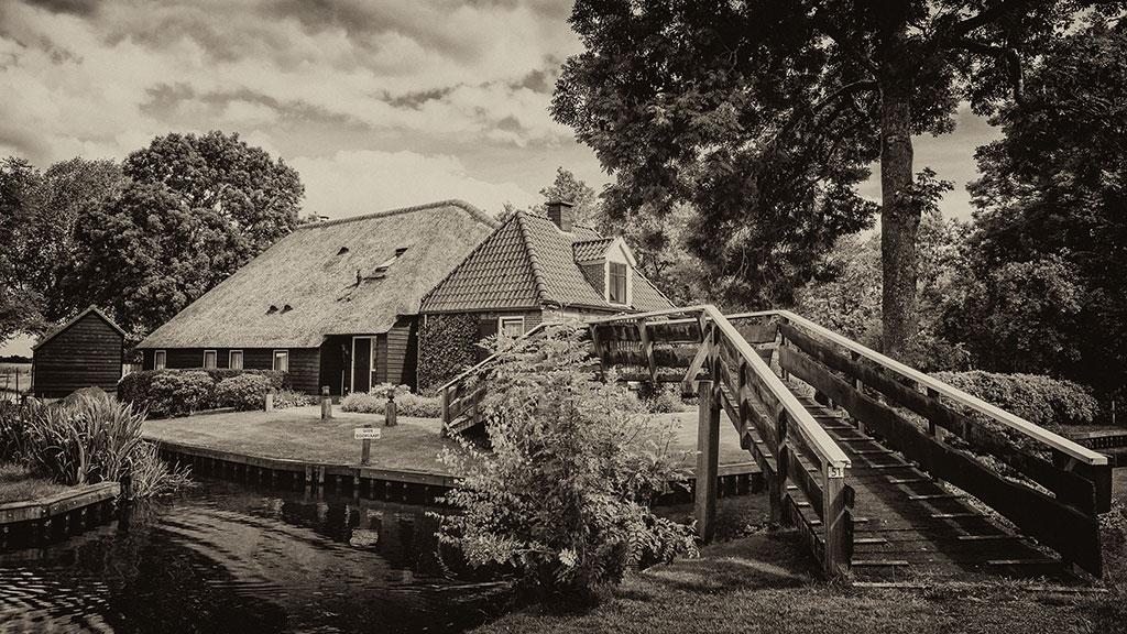 Giethoorn-juni15-black2-03