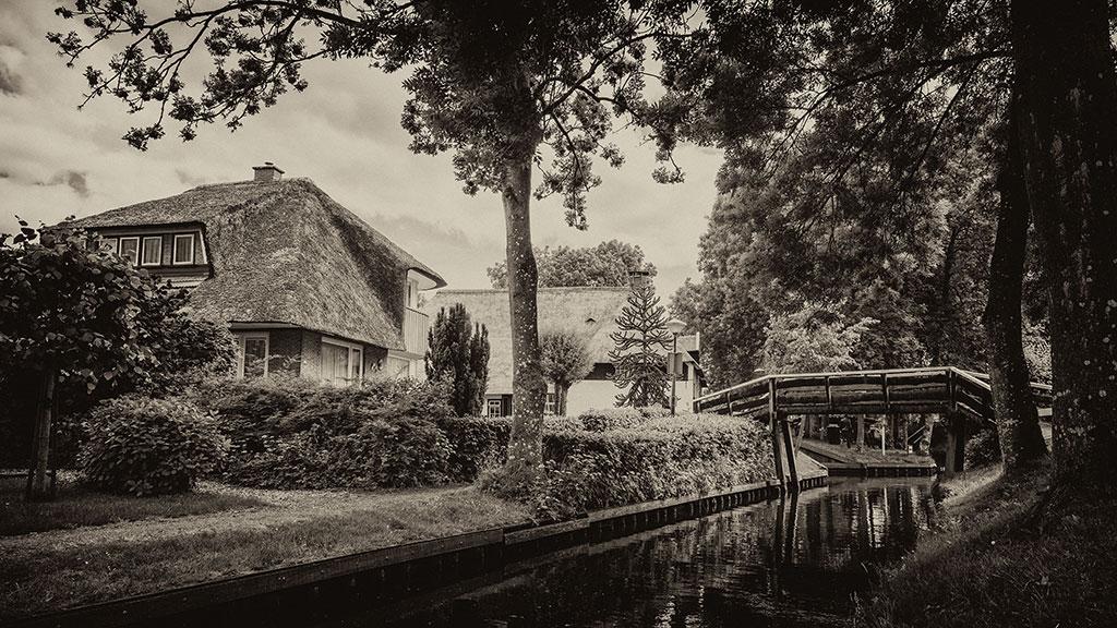 Giethoorn-juni15-black2-11