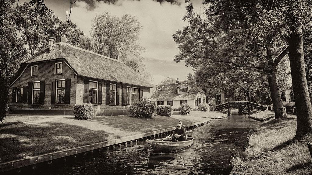 Giethoorn-juni15-black2-15