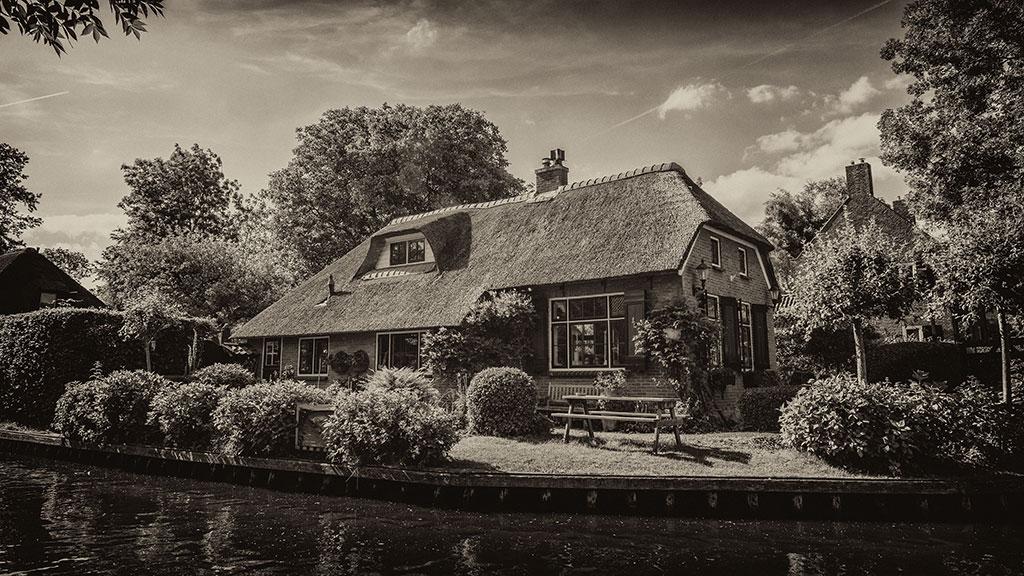 Giethoorn-juni15-black2-17