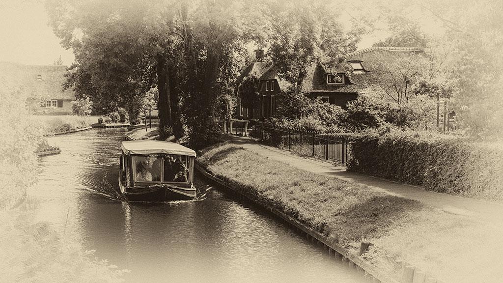 Giethoorn-juni15-black3-05