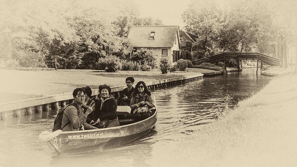 Giethoorn-juni15-black3-09