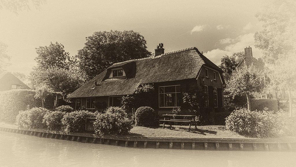 Giethoorn-juni15-black3-17