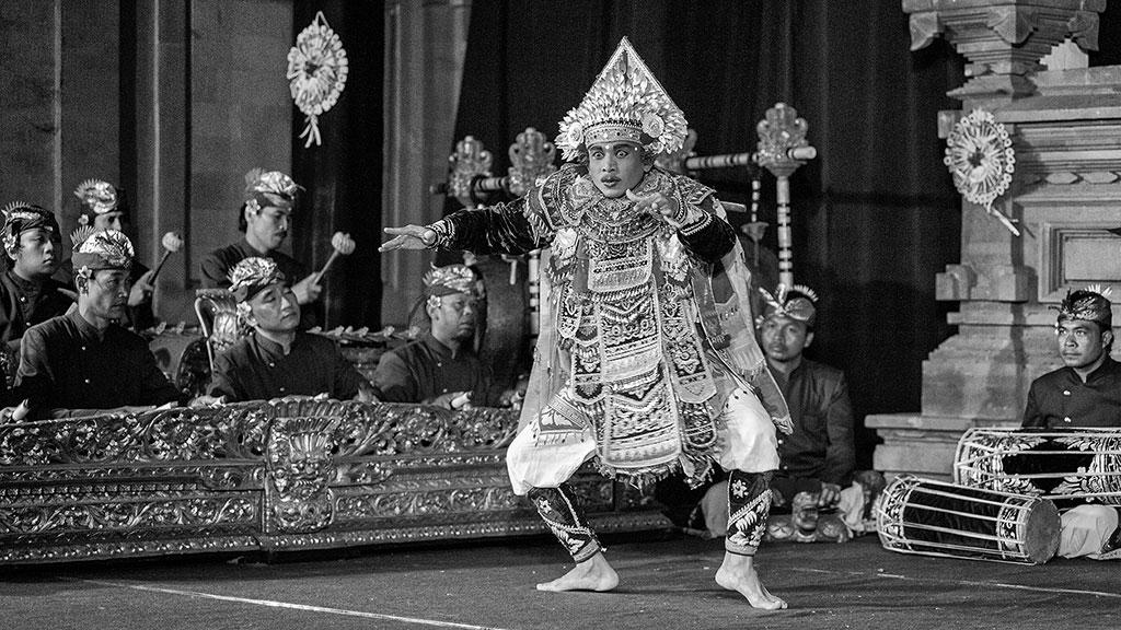 Indonesia-black-1-Bali-088