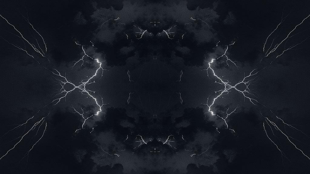Storm-31aug15-black-09