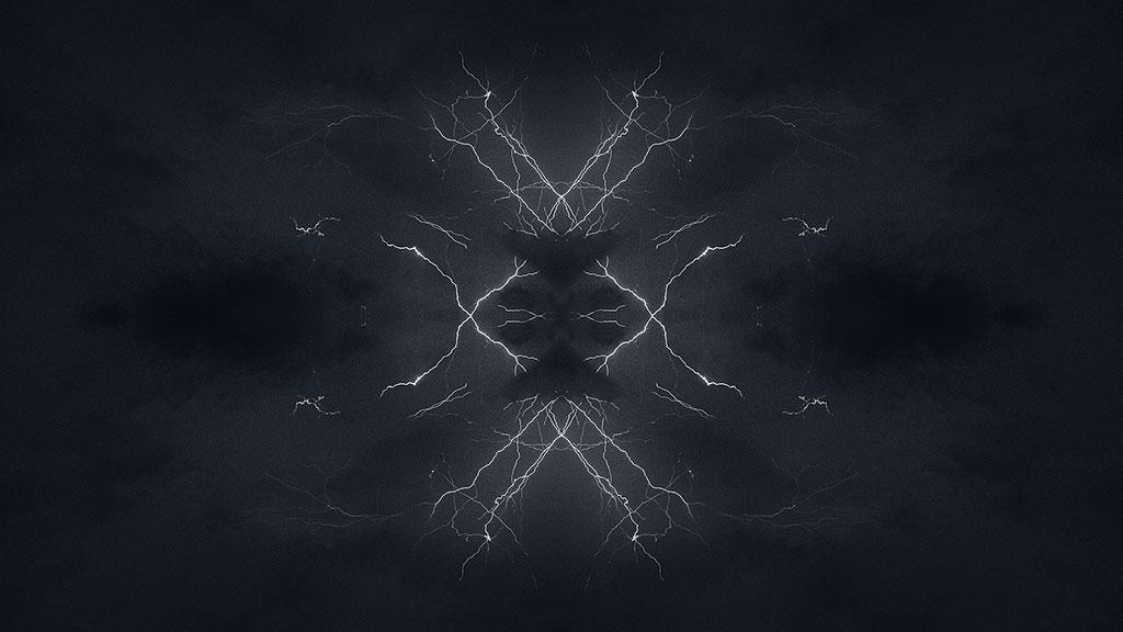 Storm-31aug15-black-10