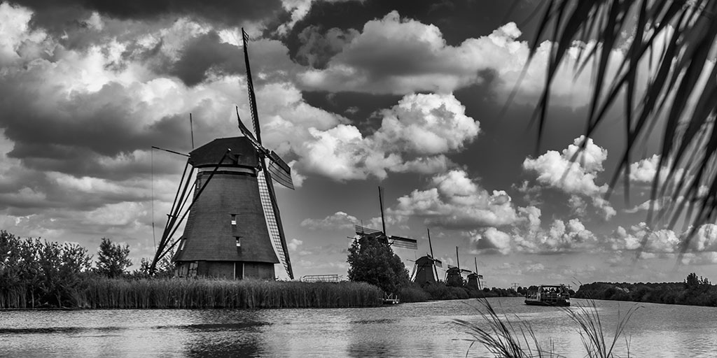 Kinderdijk-aug15black-07