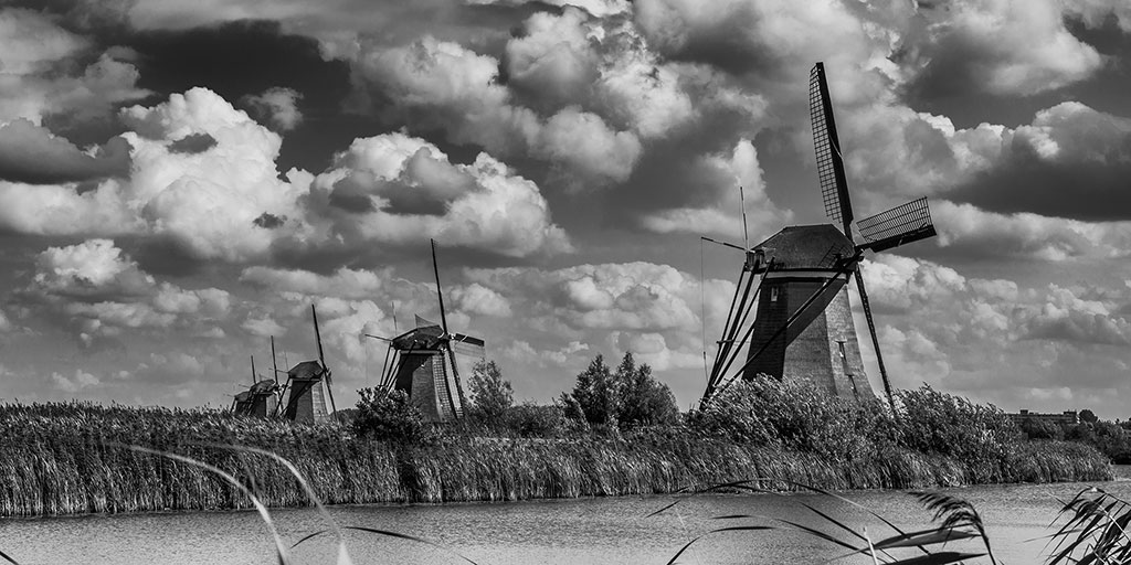 Kinderdijk-aug15black-09